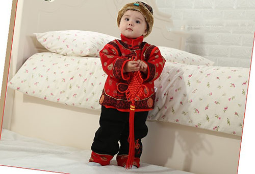 过新年,晒新衣,小麻豆,漂漂滴——新年的装扮晒起来,小儿推拿卡带回家!!